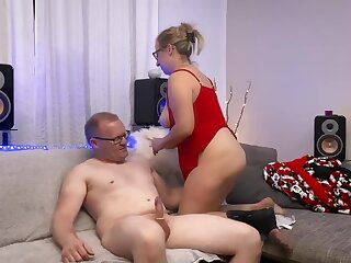 Adjunct Cheats with a Mature Mom - Housewife MILF with a Big Irritant