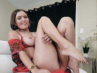 POV peel of mature mommy Krissy Lynn pleasuring her untidy off with