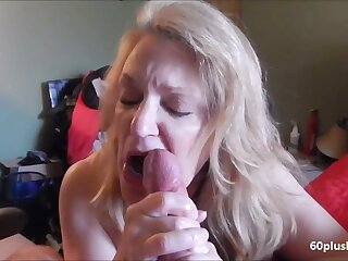 Very hot older lady making cum dick beside her tongue