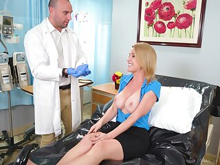 Busty blonde girl gets a lively body exam with doctors hard locate