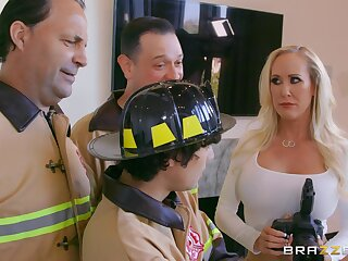 Photographer Brandi Love fucked non-native vanquish by a firefighter