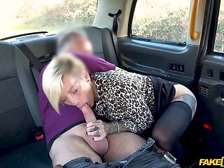 Slutty blonde chick Angel Cruz approximately big bowels fucked in the taxi