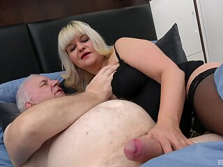 Womanizer loves fucking his wife Monita and younger old bag Chanel