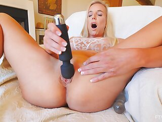 Solo orgasm for mommy check out she in bits her new toy