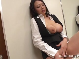 Awesome Japanese secretary Nachi Kurosawa masturbates and gives head