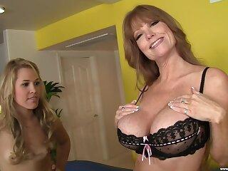 Balls unfathomable cavity FFM threesome with models Darla Crane and Kimberly Kiss