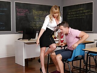 Passionate shagging in the wind with hot ass MILF Dana Dearmond
