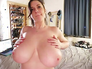 Buxom old lady Lana Kendrick Happy New Year 2019 Webcam - monster tits just
